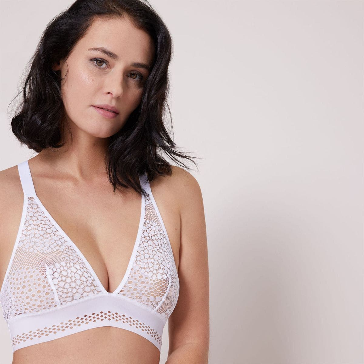 Soft cup triangle bra - White